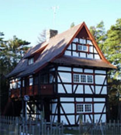 Korsvirkeshuset ritat av Carolina