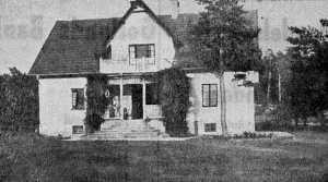 Bostadshuset uppfört 1919-1920. Foto från 1940-talet